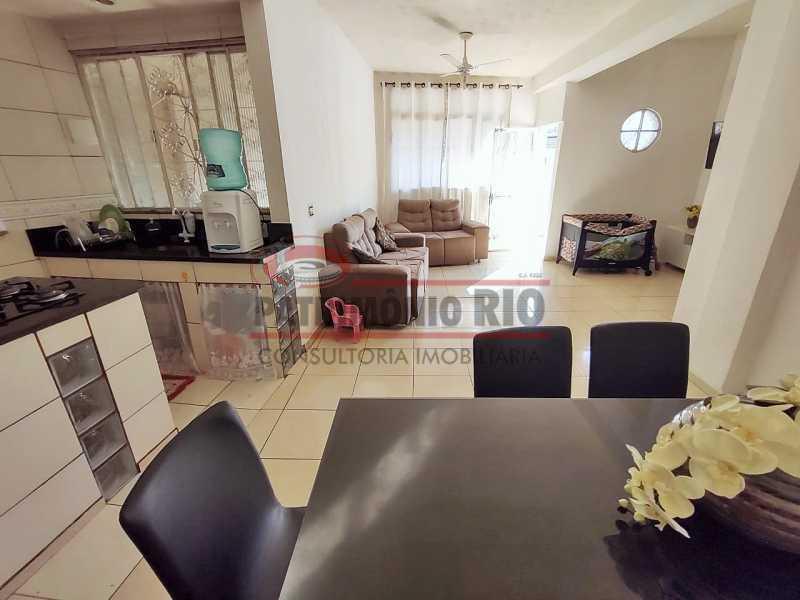 1 2 - Excelente Casa linear 03 Quartos,02 vagas,Quintal - Próximo a Avenida Brás de Pina. - PACA30454 - 1