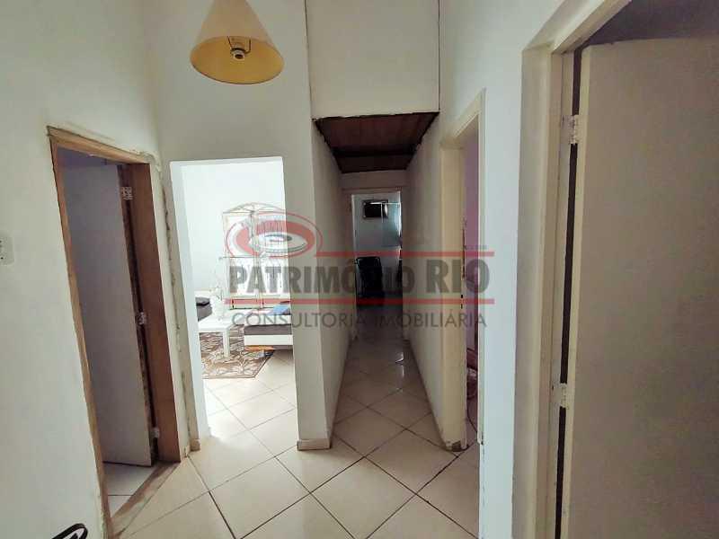 20 - Excelente Casa linear 03 Quartos,02 vagas,Quintal - Próximo a Avenida Brás de Pina. - PACA30454 - 20