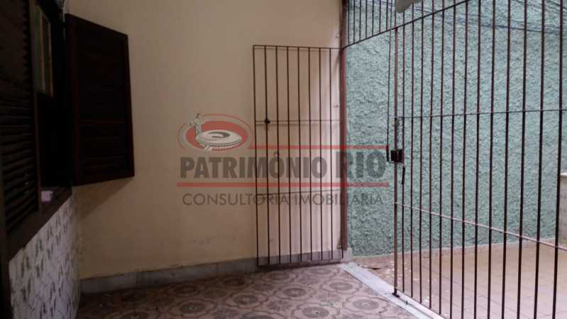 1 - Varanda na frente 2. - Apartamento tipo casa de 2qtos - PAAP23439 - 3