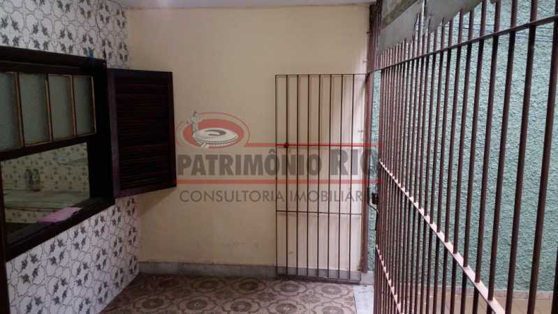 1 - Varanda na frente 4. - Apartamento tipo casa de 2qtos - PAAP23439 - 5