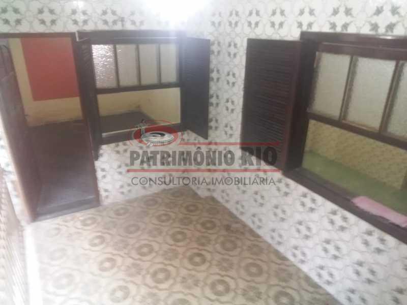 1 - Varanda na frente 5. - Apartamento tipo casa de 2qtos - PAAP23439 - 6
