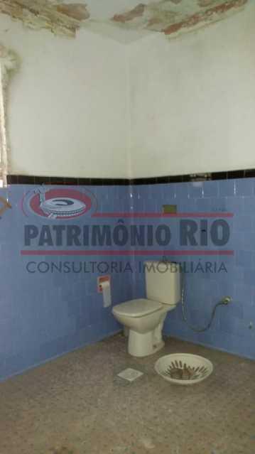 6 - banheiro 1. - Ampla Casa 2quartos no Coração de Irajá - PACA20526 - 15