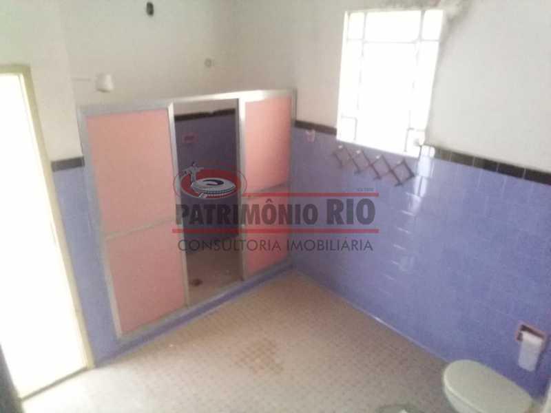 6 - banheiro 2. - Ampla Casa 2quartos no Coração de Irajá - PACA20526 - 16