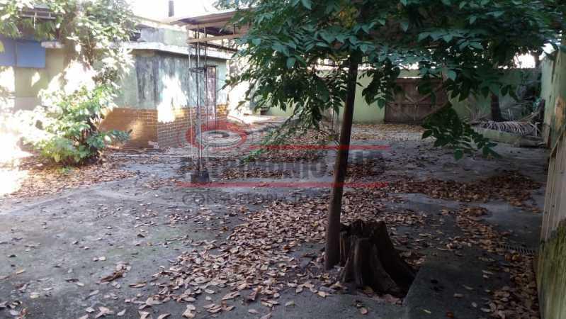 3 - Quintal. - Casa triplex co Coração de Madureira - PACA40171 - 5