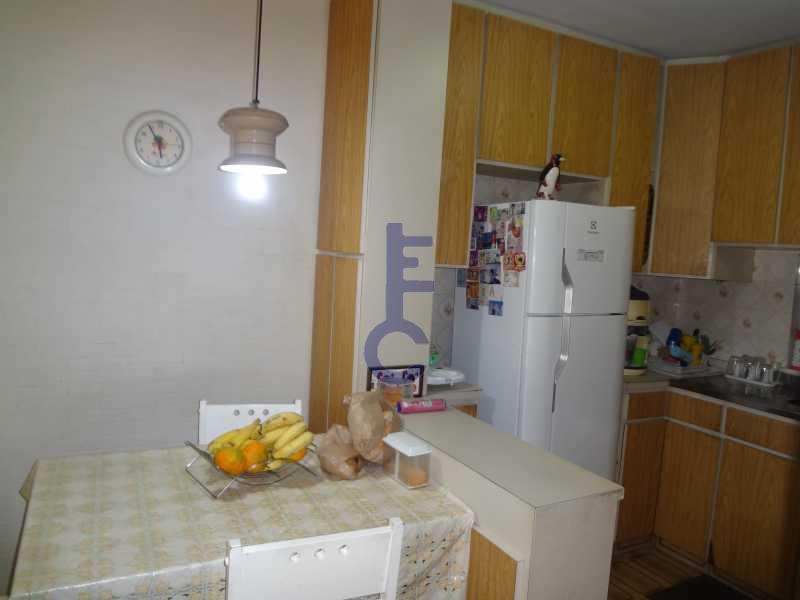 24 - 3 quartos proximo ao metro - EC3894 - 22