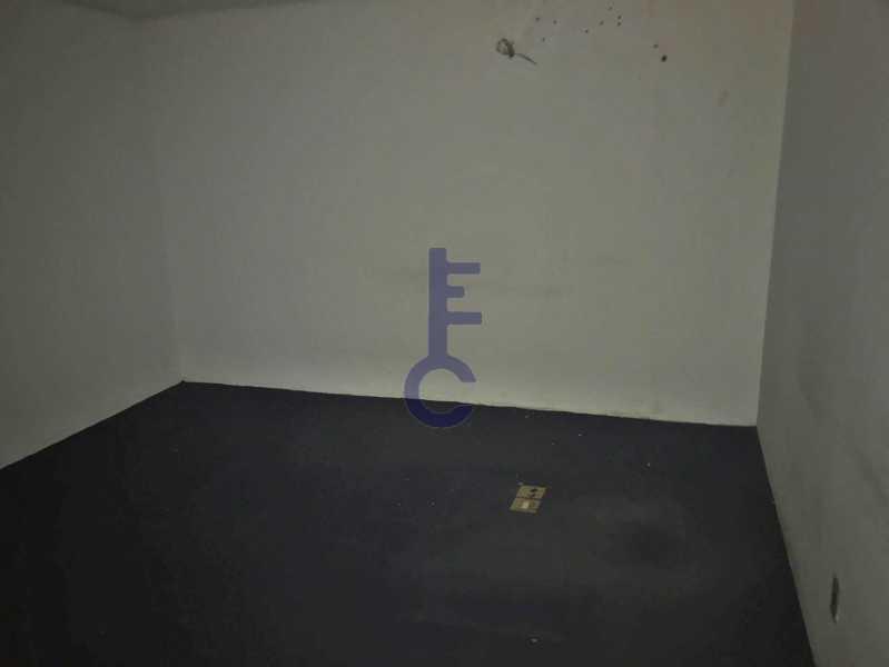 09 - Lojão com 3 Pavimentos - EC8193 - 10