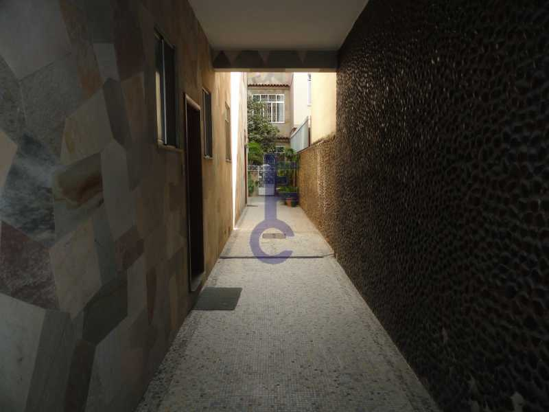 19 - Tipo casa com area externa - EC1232 - 20
