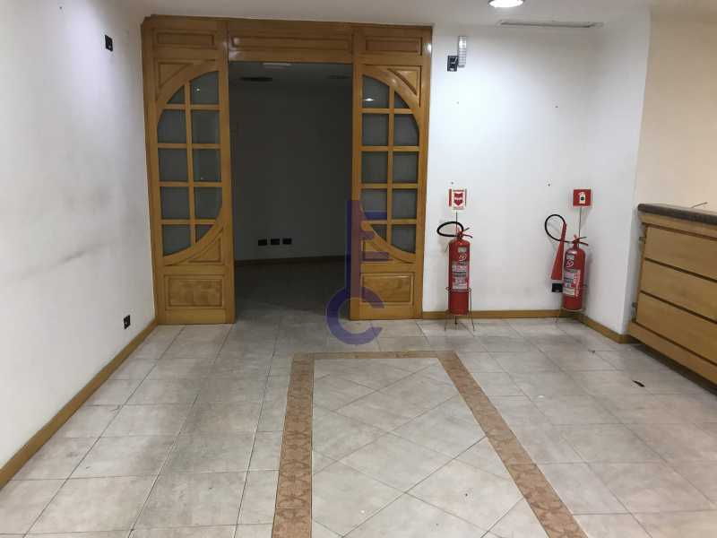 IMG_4607 - Andar corrido Locação Saens Penna - EC8218 - 9