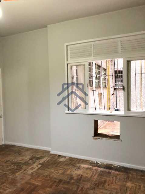 2 - Quarto e Sala para Alugar em Laranjeiras - MEAP127042 - 3