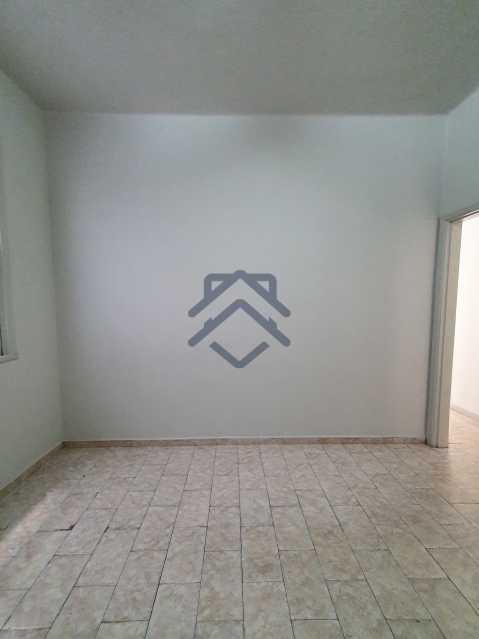 20210504_092838 - Apartamento com Quintal e 02 Quartos Tijuca - T88 - 4