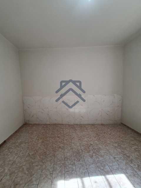 20210504_092952 - Apartamento com Quintal e 02 Quartos Tijuca - T88 - 9