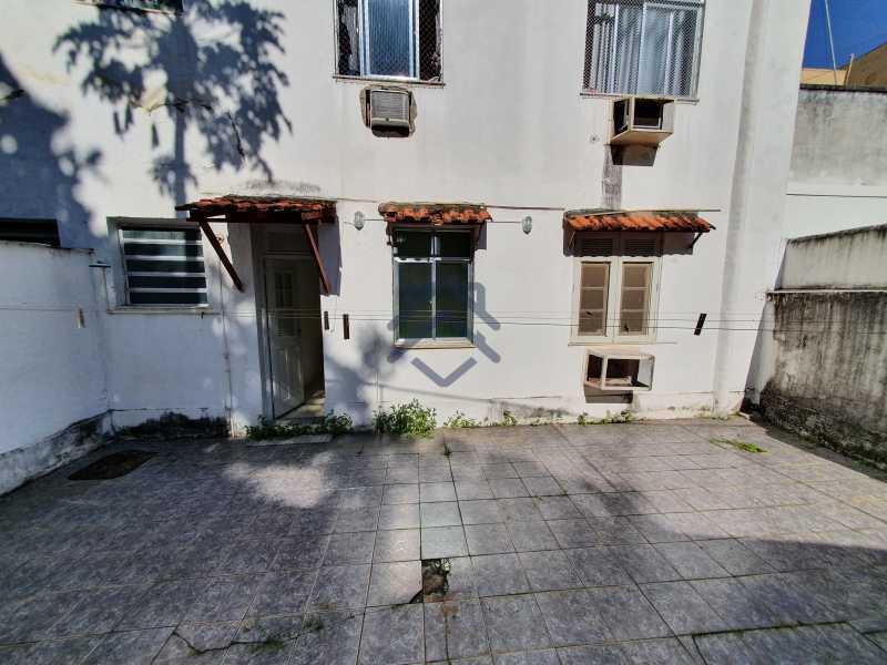 20210504_093140 - Apartamento com Quintal e 02 Quartos Tijuca - T88 - 16
