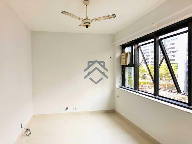 9 - Apartamento 3 quartos à venda Barra da Tijuca, Barra e Adjacências,Rio de Janeiro - R$ 1.080.000 - BAAP10022 - 10