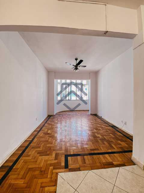 1 - Apartamento À Venda em Copacabana - BAAP125 - 3