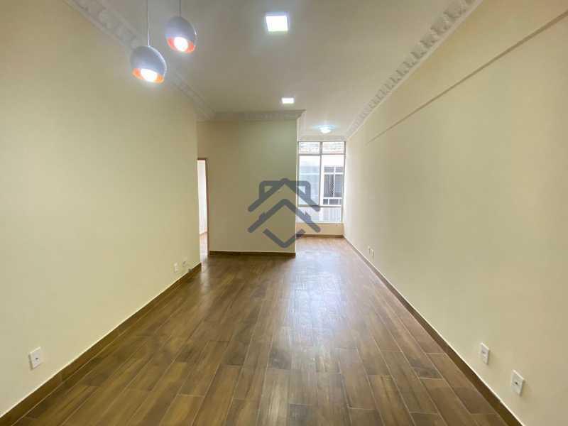 2 - Apartamento 2 Quartos para Alugar na Glória - BAAP742 - 3