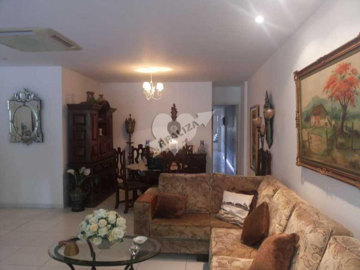 03 - Sala e corredor - Apartamento À Venda no Condomínio JARDIM OCEÂNICO - Barra da Tijuca - Rio de Janeiro - RJ - BTAP30059 - 4