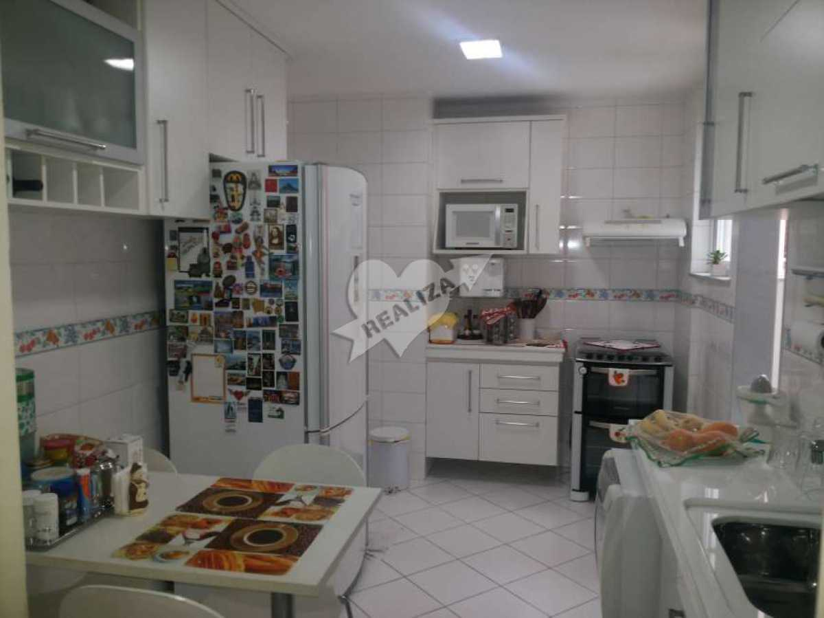 06 - Cozinha - Apartamento À Venda no Condomínio JARDIM OCEÂNICO - Barra da Tijuca - Rio de Janeiro - RJ - BTAP30059 - 17