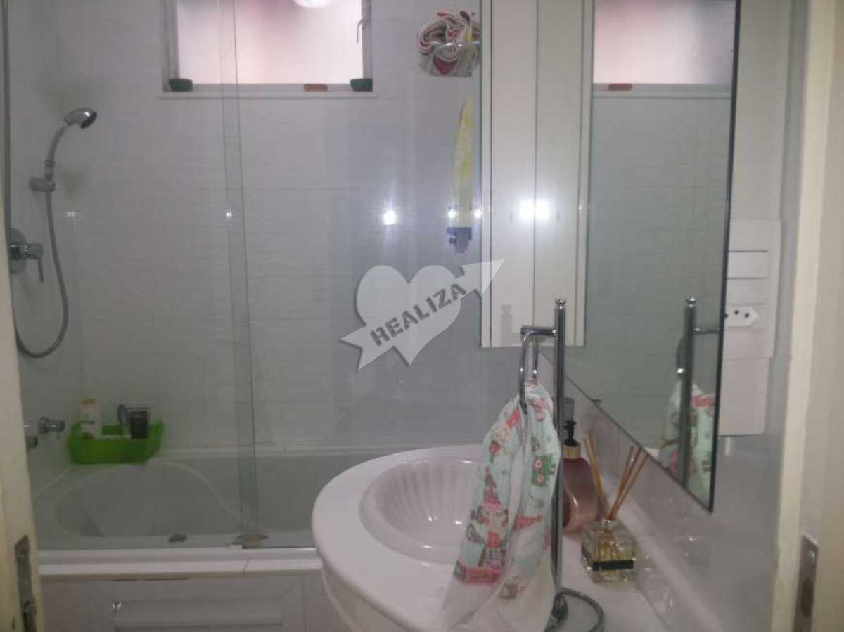 11 - Banheiro social - Apartamento À Venda no Condomínio JARDIM OCEÂNICO - Barra da Tijuca - Rio de Janeiro - RJ - BTAP30059 - 14