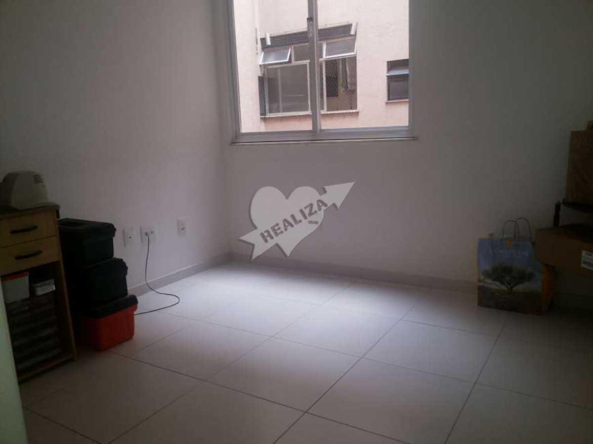 13 - 1º Quarto - Apartamento À Venda no Condomínio JARDIM OCEÂNICO - Barra da Tijuca - Rio de Janeiro - RJ - BTAP30059 - 11