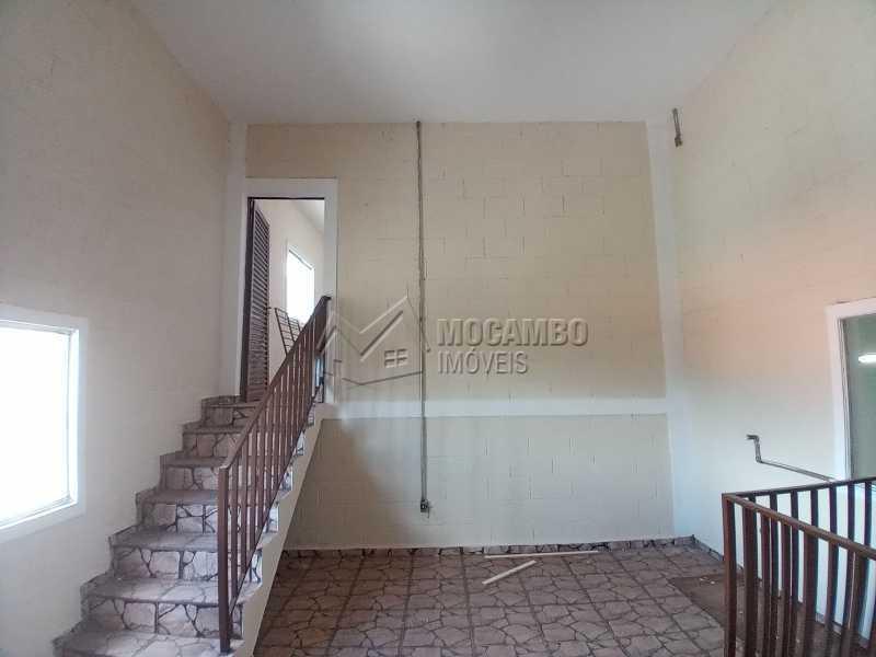 Sala 01 - Galpão 257m² para alugar Itatiba,SP - R$ 2.500 - FCGA00188 - 6
