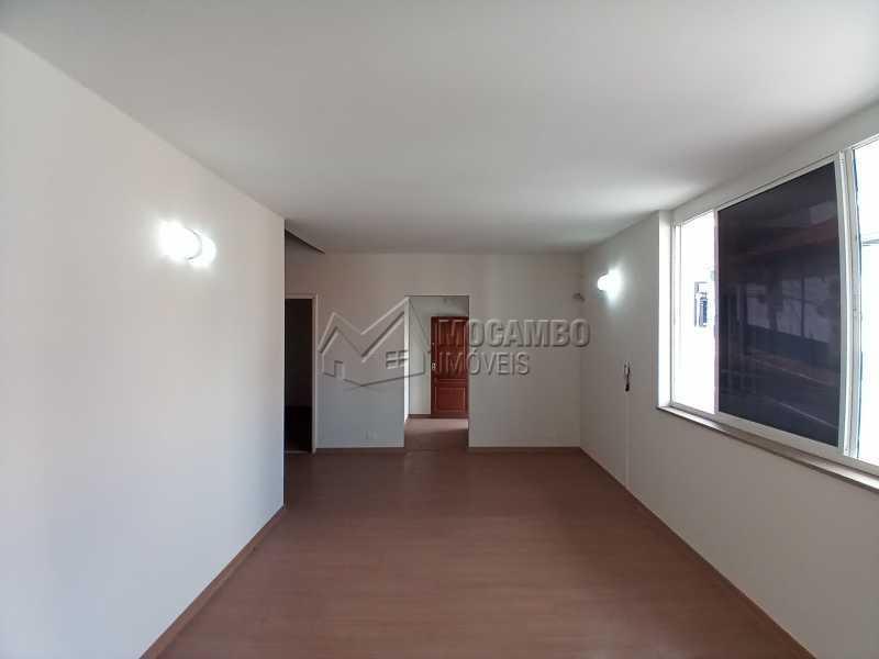 Sala 01 - Casa 2 quartos para alugar Itatiba,SP Centro - R$ 4.000 - FCCA21470 - 4