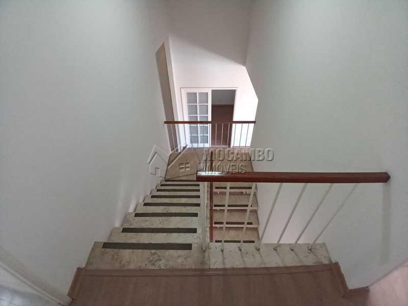 Escada de Acesso ao Piso Sup. - Casa 2 quartos para alugar Itatiba,SP Centro - R$ 4.000 - FCCA21470 - 12