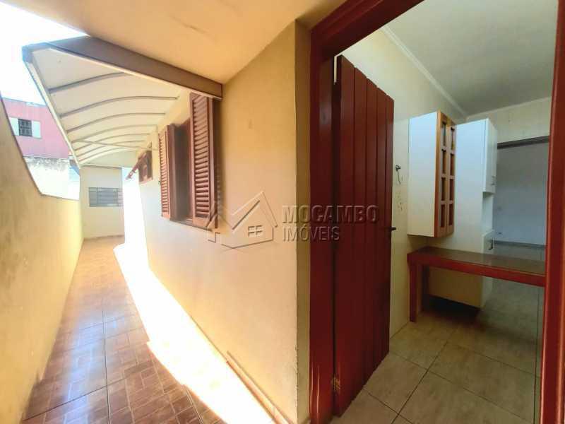 Corredor externo - Casa 5 quartos para alugar Itatiba,SP - R$ 3.200 - FCCA50029 - 29