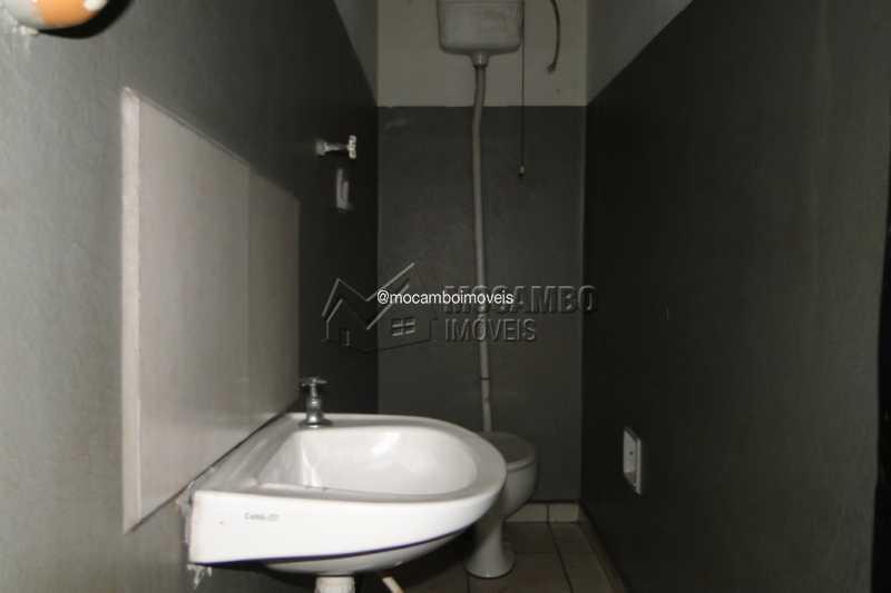 Banheiro Salão - Galpão 540m² para alugar Itatiba,SP - R$ 3.000 - FCGA00195 - 13