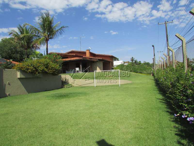 Campo - Casa À Venda no Condomínio Ville Chamonix - Jardim Nossa Senhora das Graças - Itatiba - SP - FCCN40033 - 8