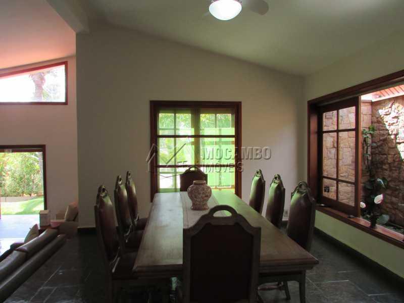 Sala de Jantar - Casa À Venda no Condomínio Ville Chamonix - Jardim Nossa Senhora das Graças - Itatiba - SP - FCCN40033 - 12