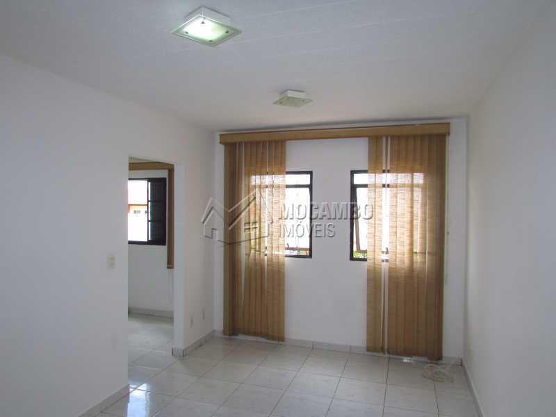 Sala - Apartamento Para Alugar - Itatiba - SP - Residencial Beija Flor - FCAP20141 - 1