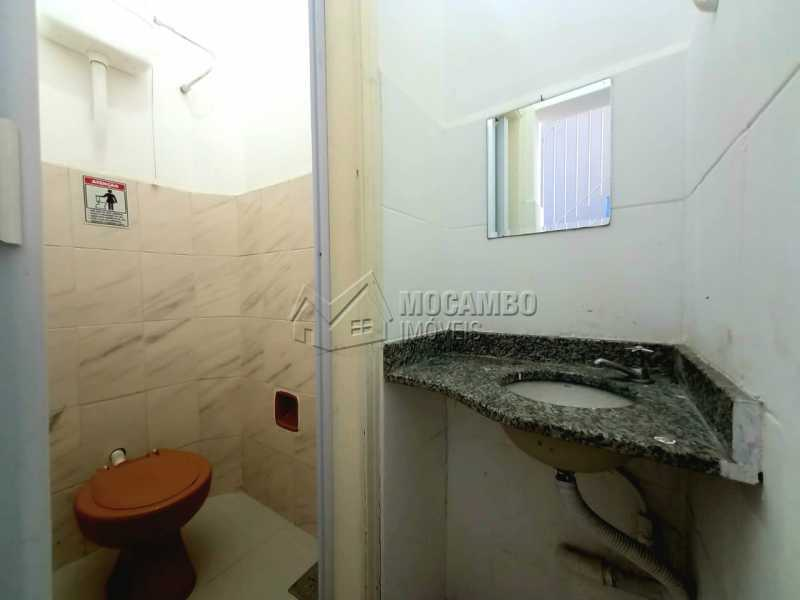 Banheiro inferior - Ponto comercial 80m² para alugar Itatiba,SP - R$ 1.499 - FCPC00015 - 6