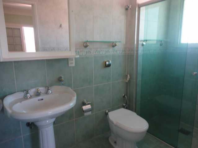 Banheiro Suíte 1 - Apartamento em condomínio Para Alugar - Condomínio Edifício Monte Castelo - Itatiba - SP - Vila Brasileira - FCAP20157 - 13
