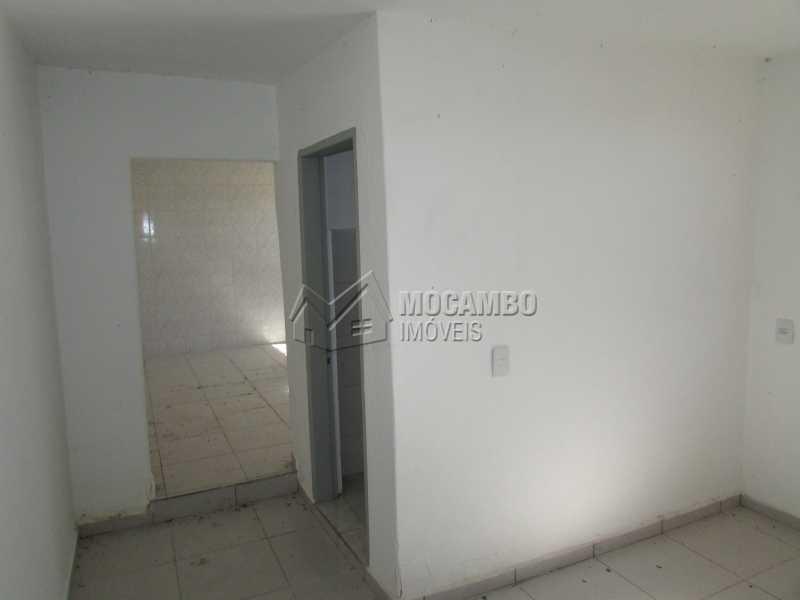 Dormitório - Casa 1 quarto para alugar Itatiba,SP - R$ 450 - FCCA10045 - 8