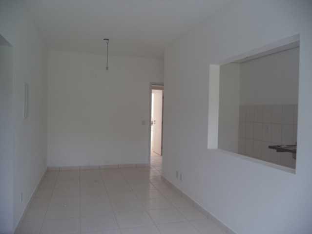Sala. - Apartamento À Venda no Condomínio Residencial Bosque das Azaléias - Núcleo Residencial Pedro Fumachi - Itatiba - SP - FCAP20224 - 5