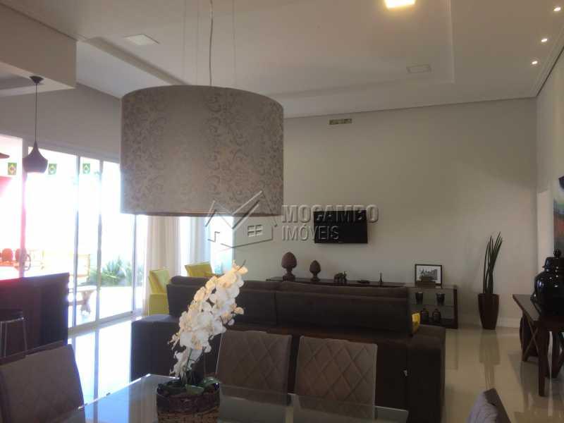 Sala - Casa em Condomínio 3 Quartos À Venda Itatiba,SP - R$ 950.000 - FCCN30103 - 10