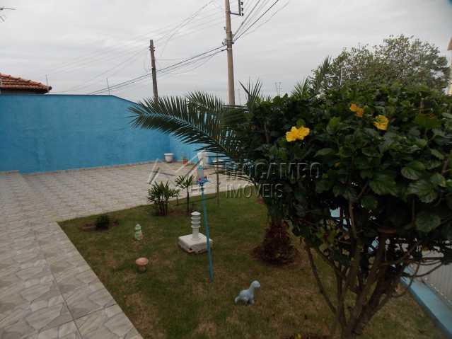 Quintal - Casa 3 quartos à venda Itatiba,SP - R$ 800.000 - FCCA30638 - 11