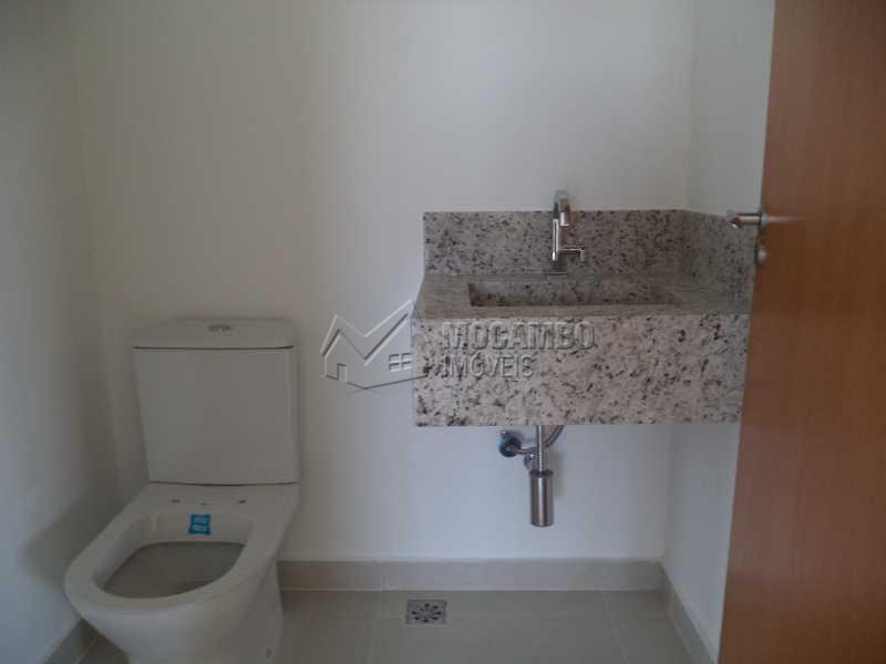 Banheiro Suite - Casa À Venda no Condomínio Bosque dos Pires - Sítio da Moenda - Itatiba - SP - FCCN40050 - 13