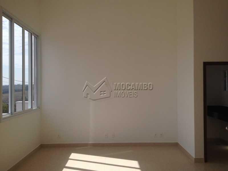 Sala - Casa em Condominio À Venda - Itatiba - SP - Residencial Fazenda Serrinha - FCCN30169 - 4