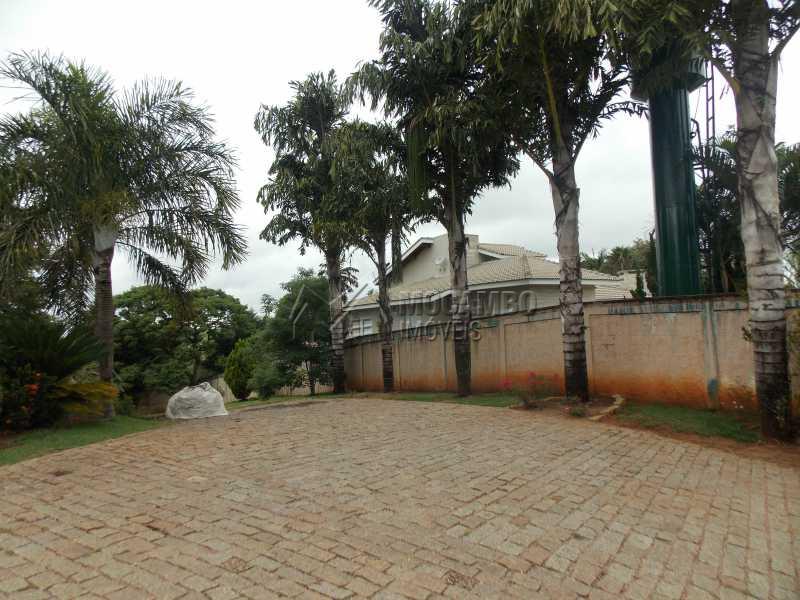 Lateral - Casa em Condominio À Venda - Itatiba - SP - Sítio da Moenda - FCCN100001 - 10