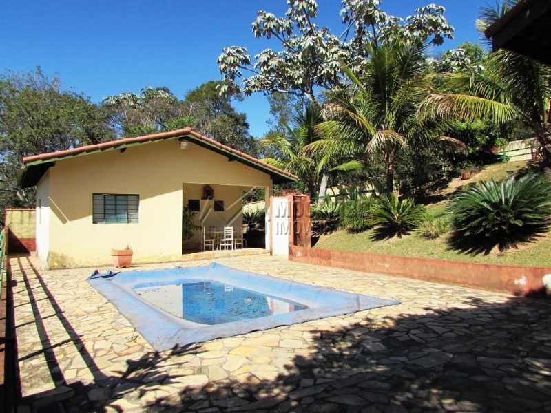piscina e Chalé - Bem localizada e arborizada - FCCH20039 - 10