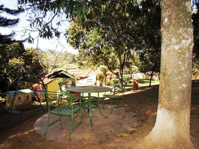 Bosque - Bem localizada e arborizada - FCCH20039 - 18