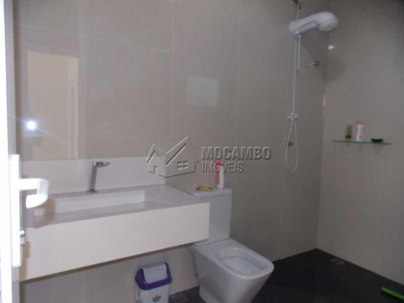 Banheiro  Externo - Casa em Condomínio 3 Quartos À Venda Itatiba,SP - R$ 1.600.000 - FCCN30182 - 5