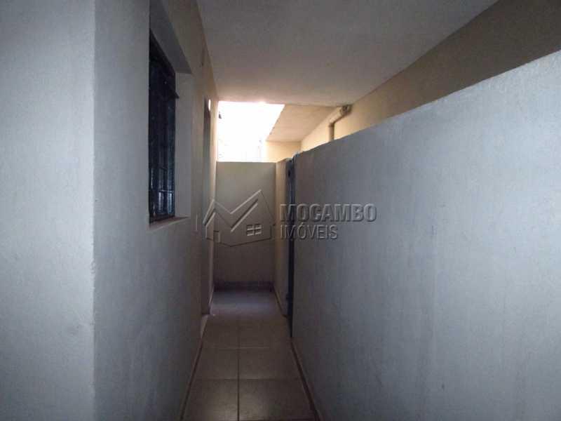 Corredor c/ portão - Casa 1 quarto para alugar Itatiba,SP - R$ 530 - FCCA10102 - 9