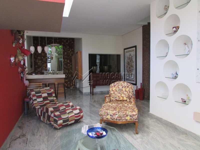 Sala de leitura - Casa À Venda no Condomínio Ville Chamonix - Condomínio Ville Chamonix - Itatiba - SP - FCCN40065 - 3