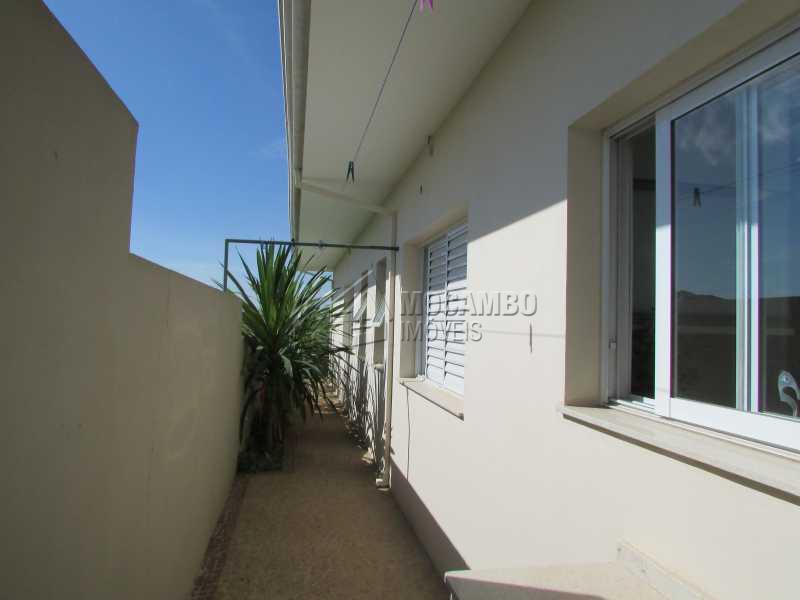 quintal lateral - Casa em Condomínio 3 quartos à venda Itatiba,SP - R$ 880.000 - FCCN30195 - 15