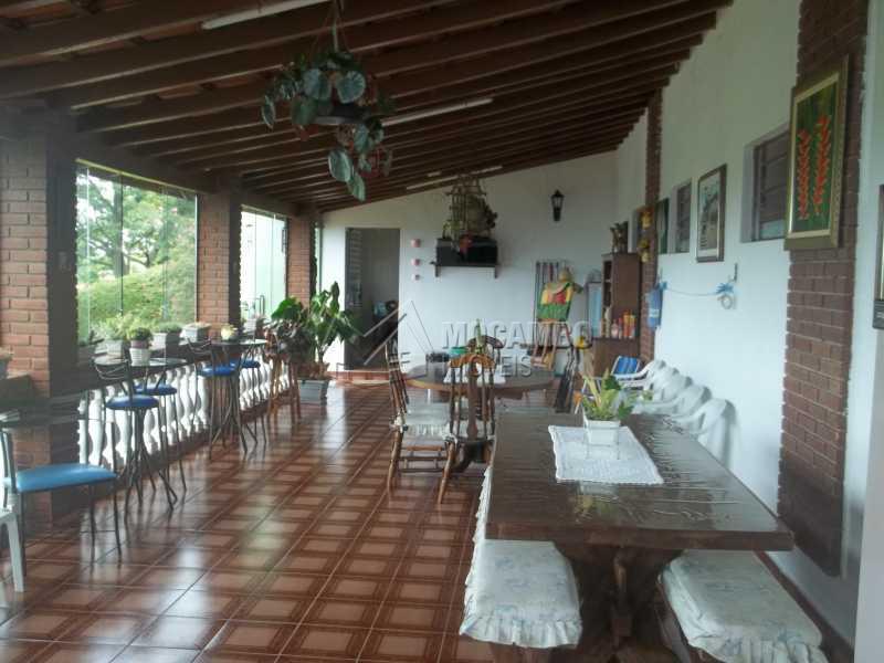 salão - Casa À Venda no Condomínio Capela do Barreiro - Capela do Barreiro - Itatiba - SP - FCCN30199 - 9