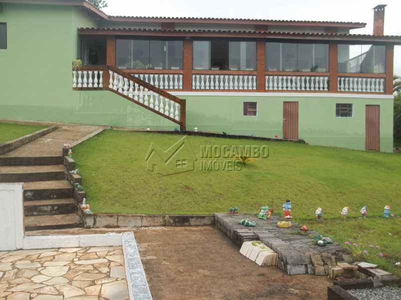 vista frontal casa - Casa À Venda no Condomínio Capela do Barreiro - Capela do Barreiro - Itatiba - SP - FCCN30199 - 12