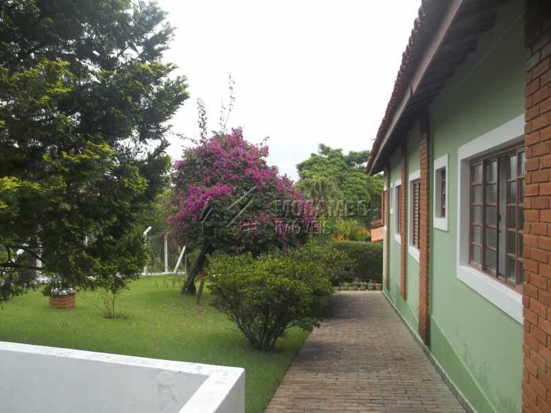 jardim - Casa À Venda no Condomínio Capela do Barreiro - Capela do Barreiro - Itatiba - SP - FCCN30199 - 3