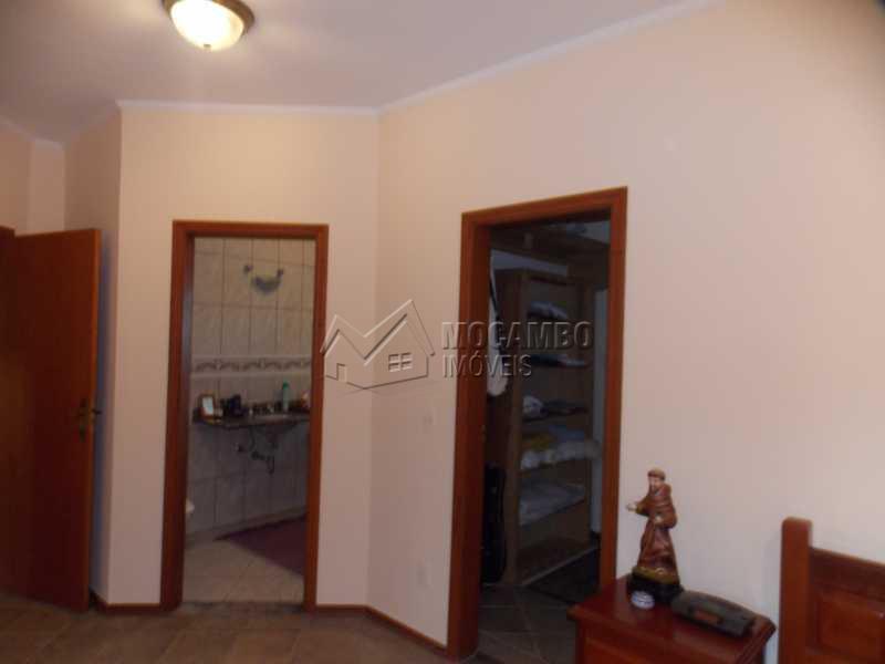 suíte com closet - Casa em Condominio À Venda - Itatiba - SP - Sítio da Moenda - FCCN40067 - 19